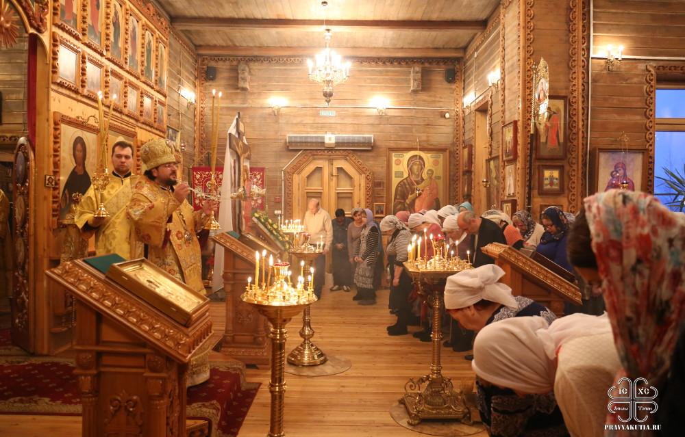 27-11-2016-liturgiya